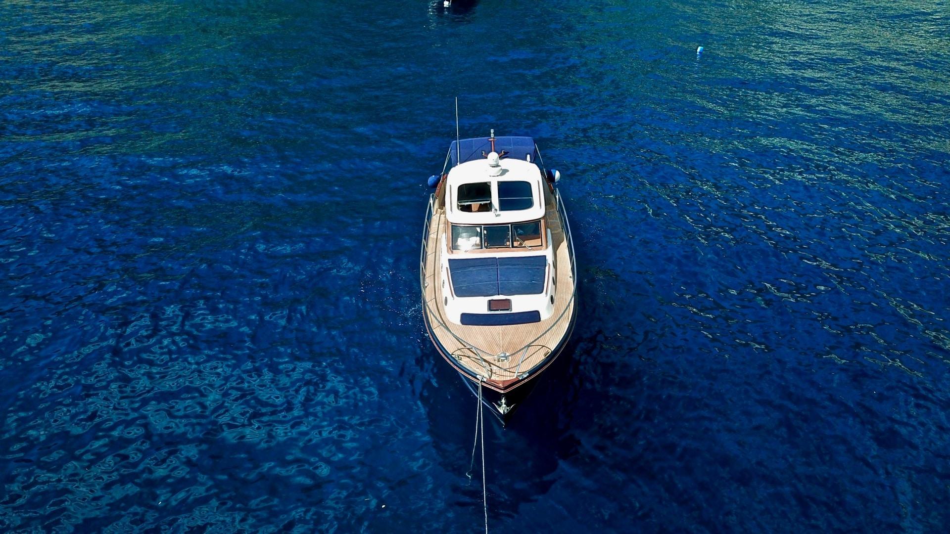 escursioni alle isole di capri in barca